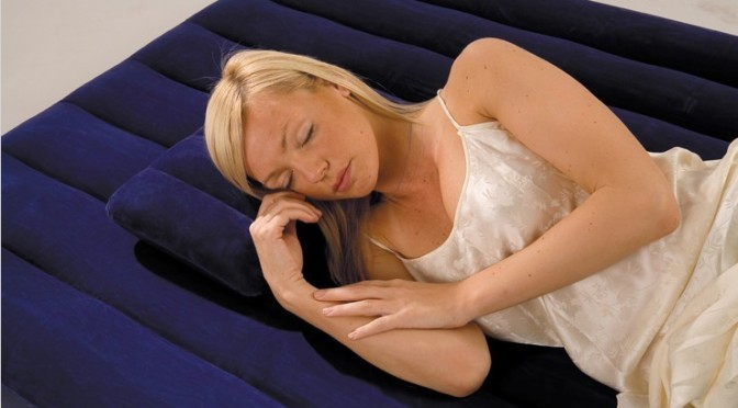 Almohadas inflables mundo camping - Colchones inflables camping ...